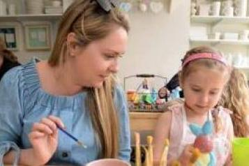 Image showing parent with young child taking part in craft activity